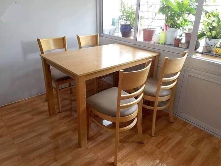 Bộ bàn ăn gia đình loại 5