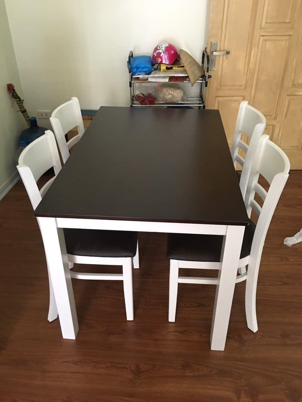 Bộ bàn ăn gia đình loại 6