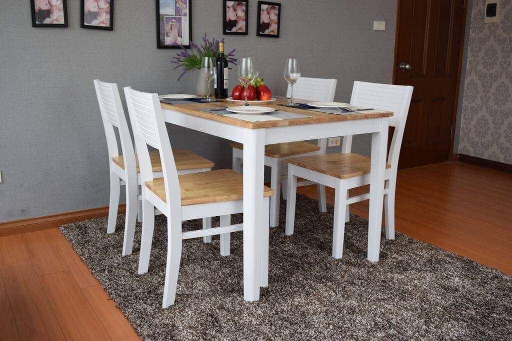 Bộ bàn ăn gia đình loại 10