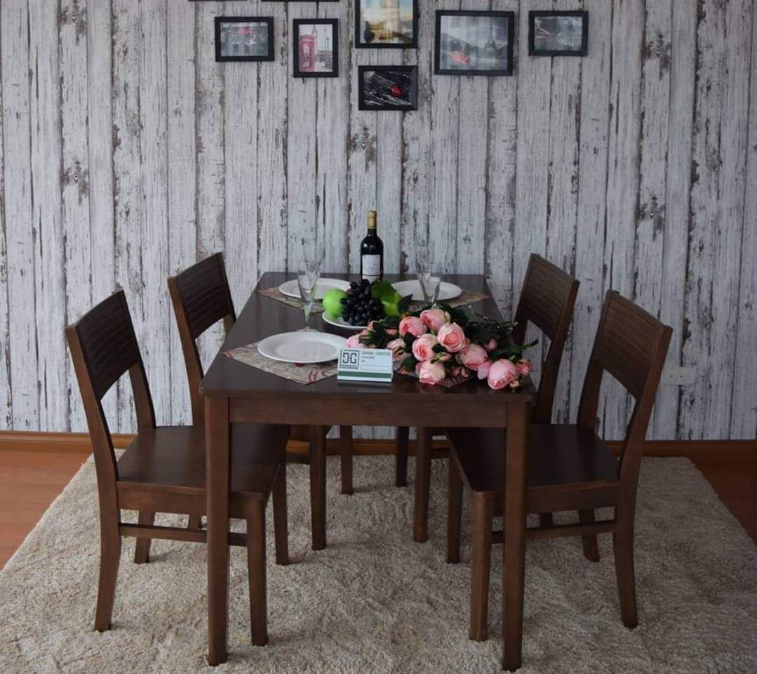 Bộ bàn ăn gia đình loại 11
