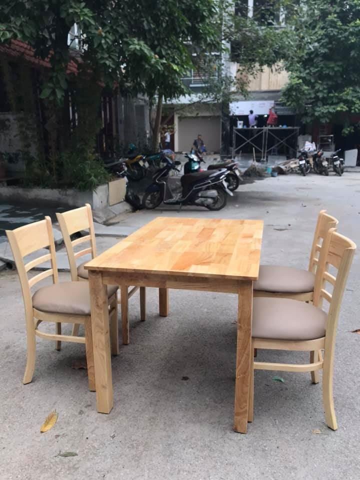 Bộ bàn ăn cabin 4 ghế mới 100%