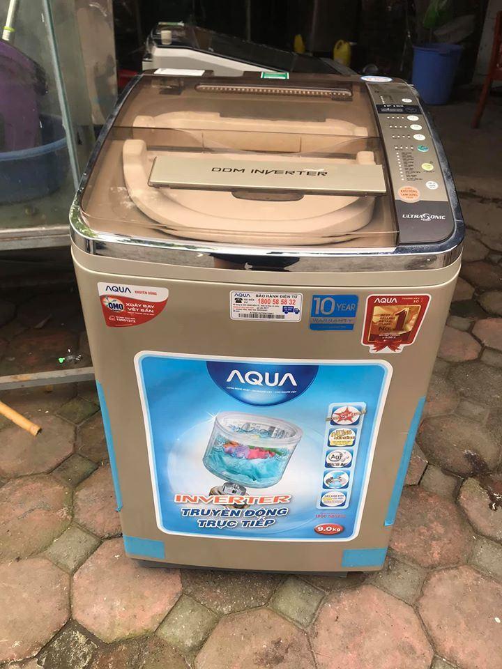 Máy giặt Aqua Inverter 9 kg AQW-D901AT, mới