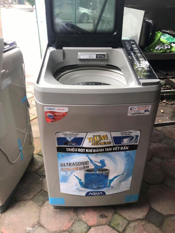 Máy giặt Aqua 8 kg AQW-U800BT, mới