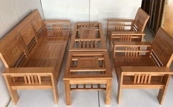 Bộ bàn ghế phòng khách gỗ xoan có mặt kính
