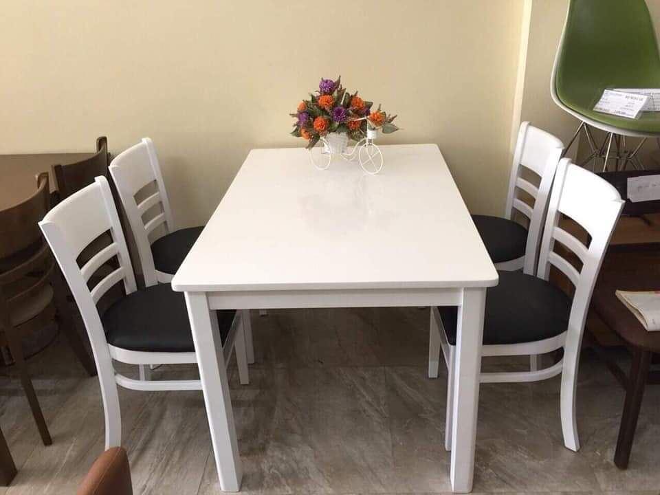 Bộ bàn ăn gia đình loại 3
