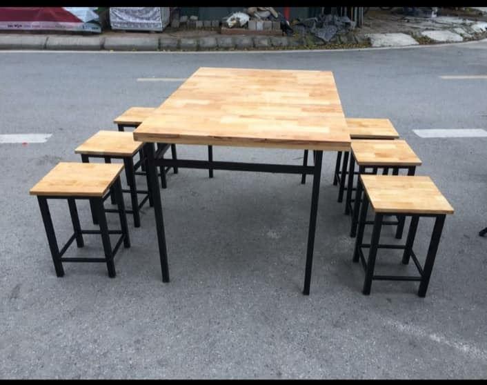 Bộ bàn ăn mặt gỗ chân sắt