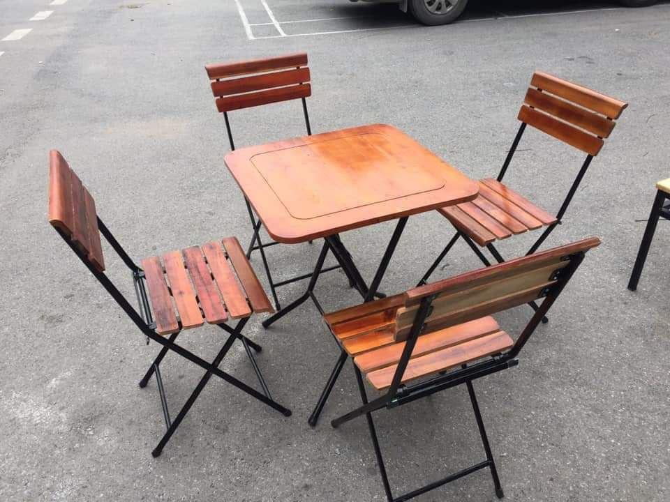 Bộ bàn ghế gấp